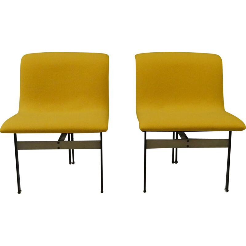 Pair of vintage WAVE chairs by Giovanni Offredi for Saporiti 1970