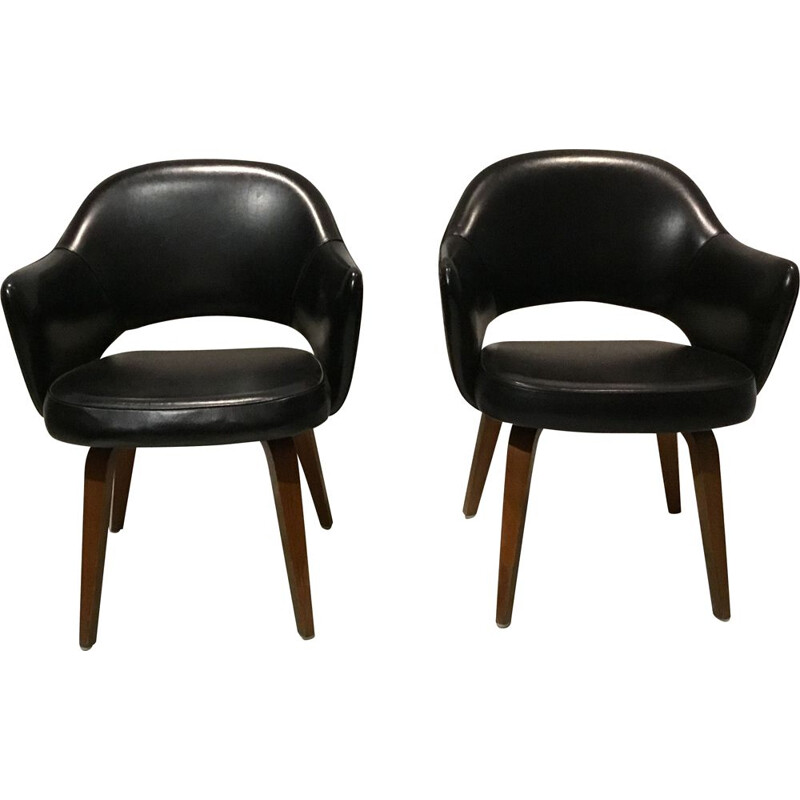 Set of 2 vintage Black Leather Executive Armchairs by Eero Saarinen for Knoll Inc.Knoll International, 1960