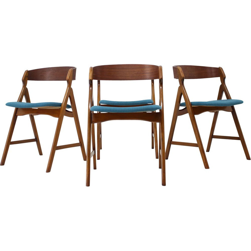 Set of 4 Dining Chairs by Henning Kjaernulf for Boltinge Støle Møbelfabrik, 1960s