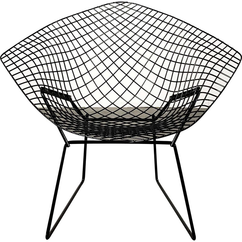 Black vintage diamond armchair by Harry Bertoia for Knoll