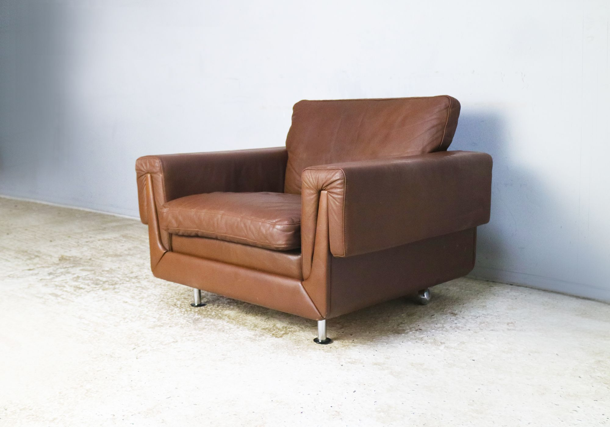 Vintage Danish leather armchair, 1970s - Design Market
