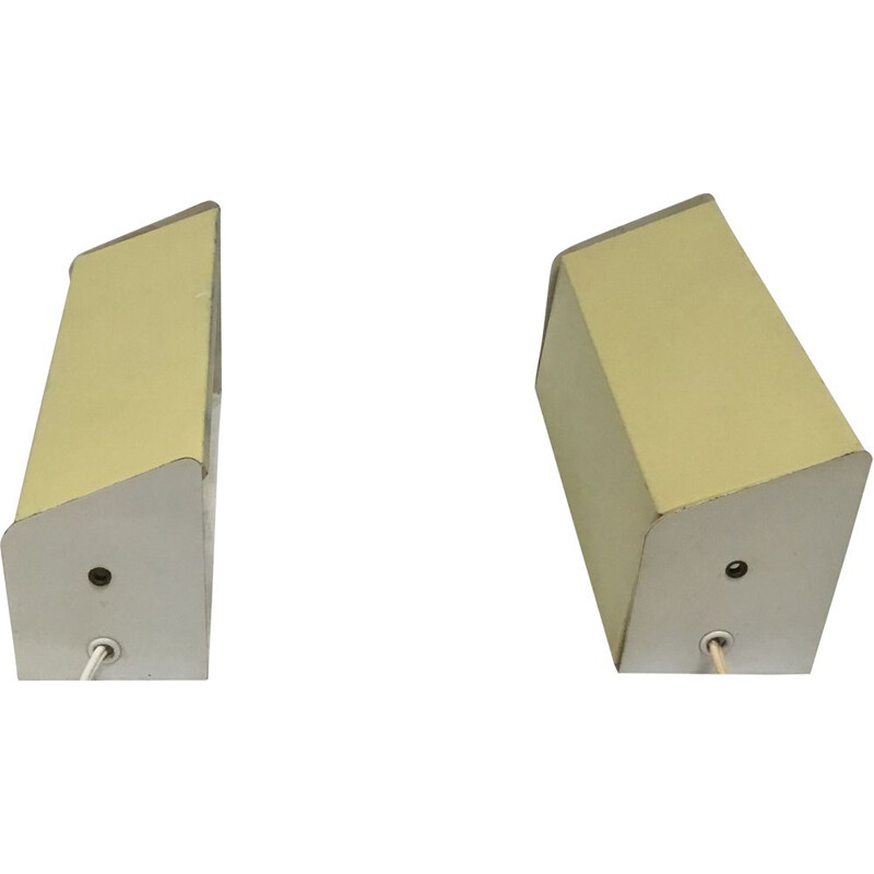 Pair of wall bed side lamps for Anvia