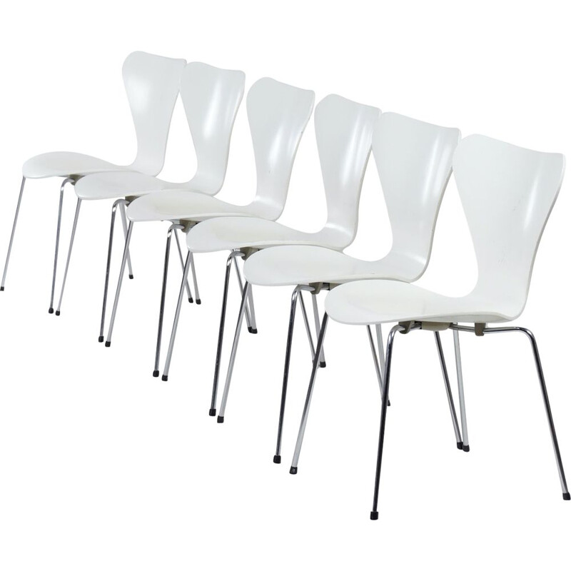 Set of 6 vintage White Butterfly Chairs by Arne Jacobsen for Fritz Hansen, 1950s