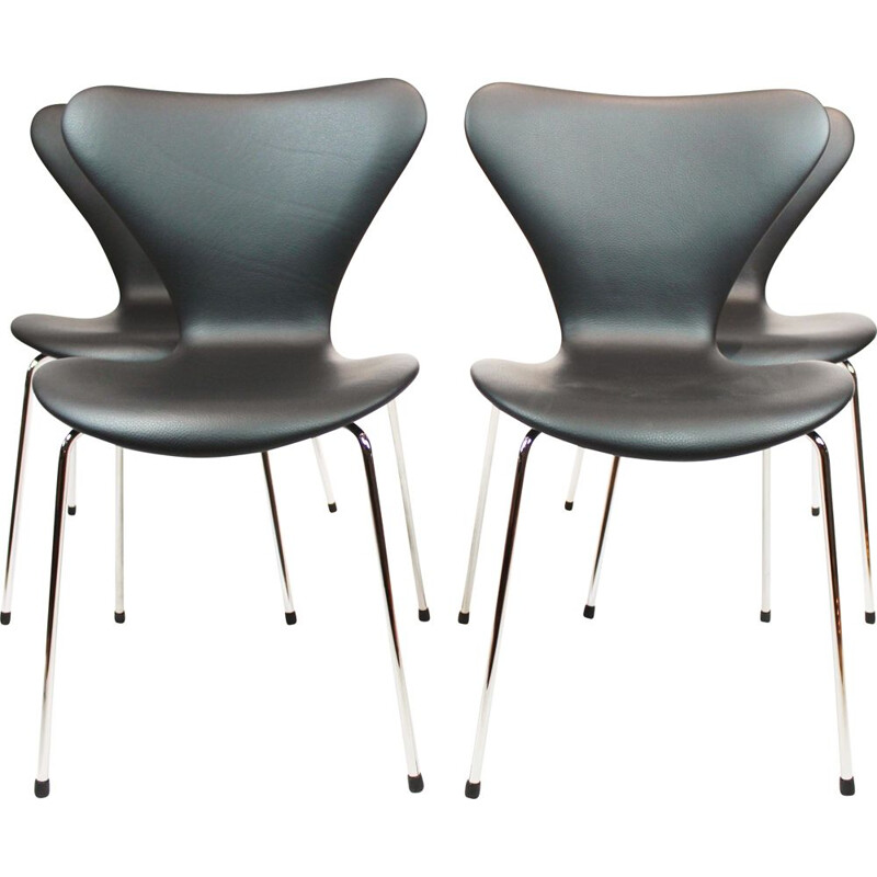 Set of 4 vintage Seven chairs, model 3107 by Arne Jacobsen from Fritz Hansen