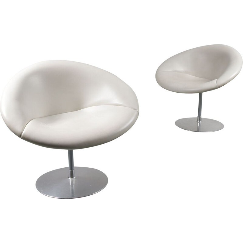 Pair of Little Globe armchairs by Pierre Paulin from Artifort, 1970s