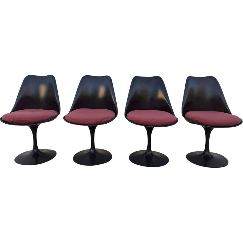 Vintage tulip chairs by Saarinen for Knoll