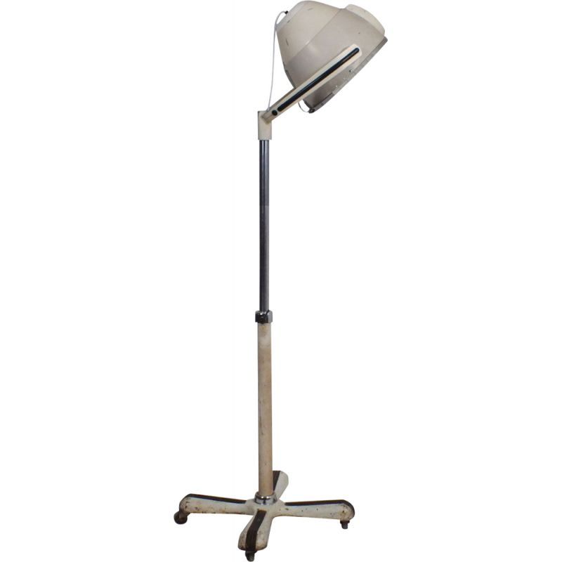 Vintage industrial floorlamp on wheels