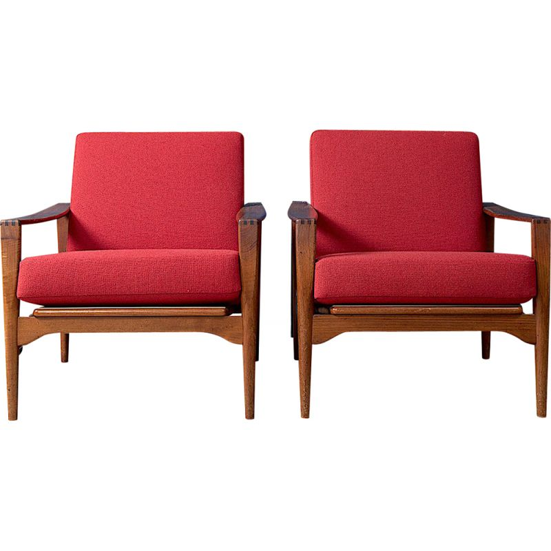 Vintage red lounge chairs by Illum Wikkelso for N. Eilersen