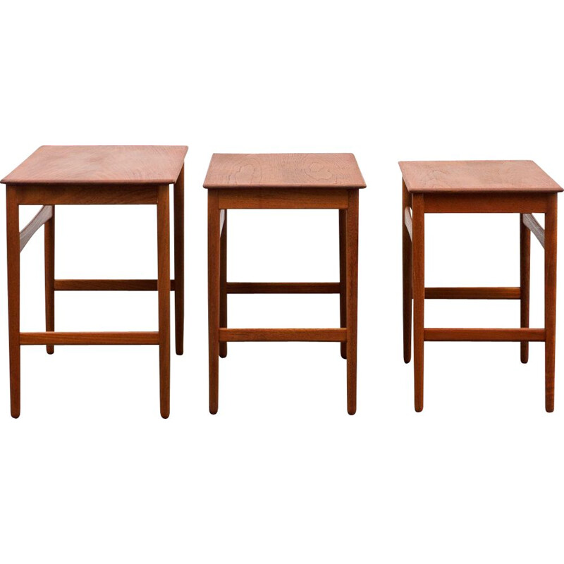 Vintage set of 3 nesting tables model AT 40 by Hans Wegner for Andreas Tuck, 1960
