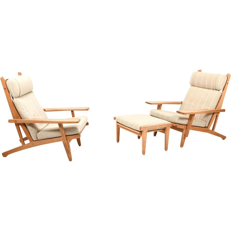 Vintage Pair of GE-375 Lounge Chairs with Footstool by Hans Wegner