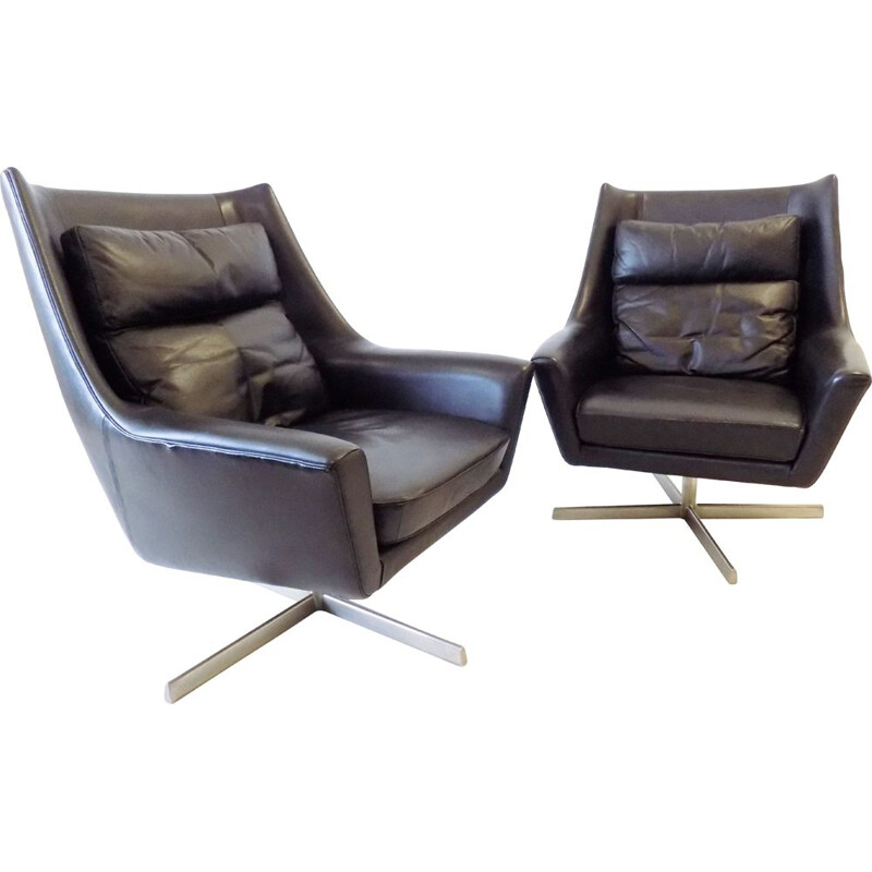 Antimott Black Leather Lounge Armchairs by Knoll 1960