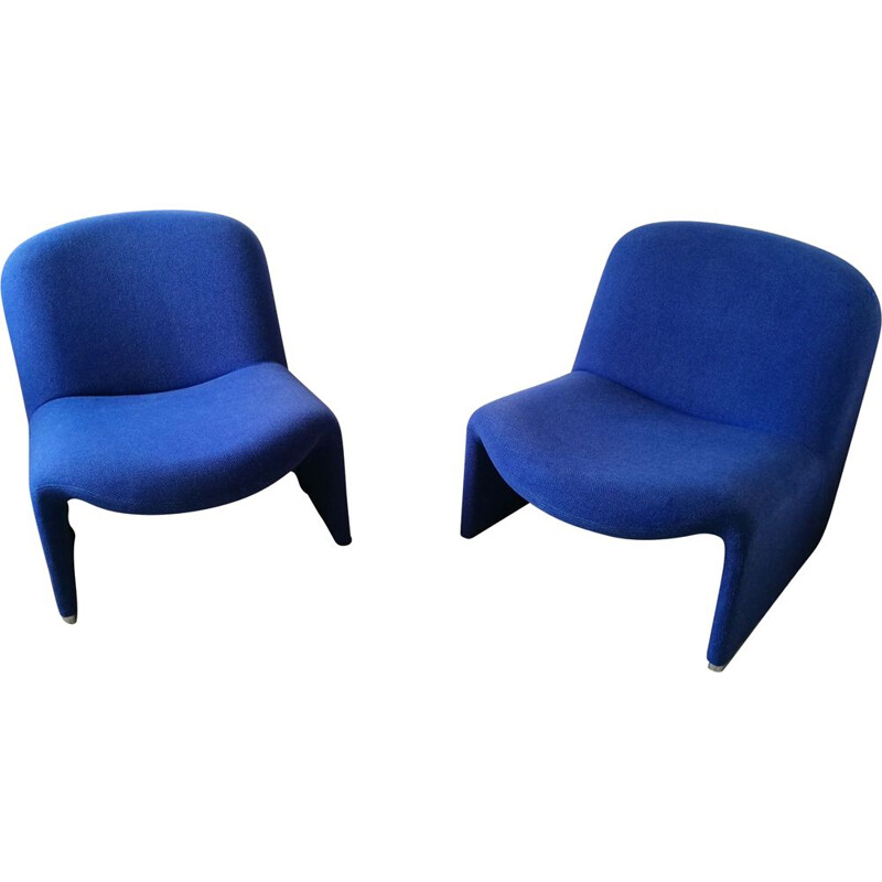 Pair of vintage low chairs by Giancarlo Piretti for Castelli 1970