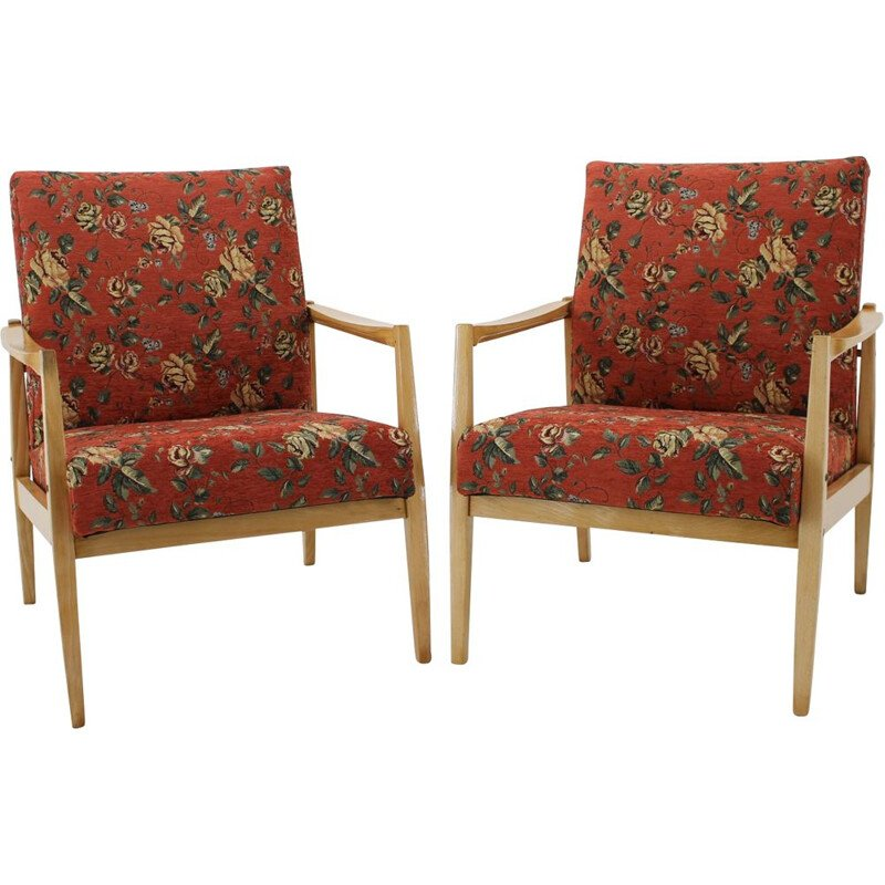 Vintage pair of lounge chairs with floral pattern, Czechoslovakia, 1970s