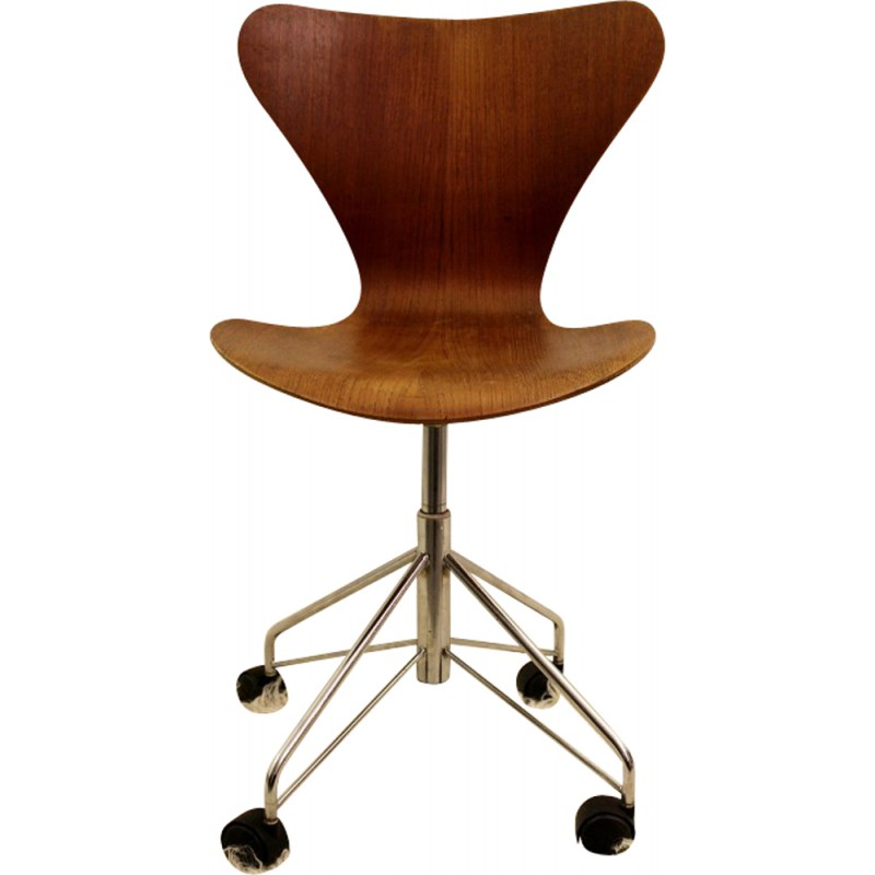 Fritz Hansen Desk Chair Arne Jacobsen 1955