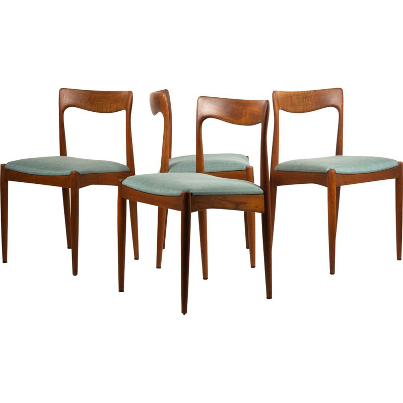 Set of 4 dining chairs by Arne Vodder for Vamø
